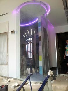 Гнутая перегородка в частном доме Архангельское