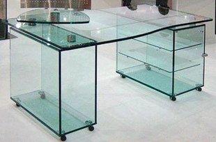 Компьютерный стол из безопасного стекла